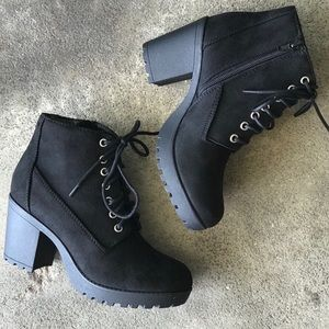 Military chunky heel lace up boots